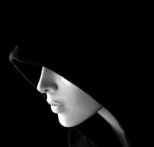 Hooded-beauty