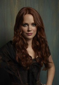 katia-winter-as-katrina-crane