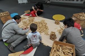 PLAY 2013_Famiglia giochi legno