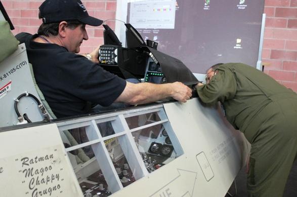Ultimi settaggi del simulatore di F-16!