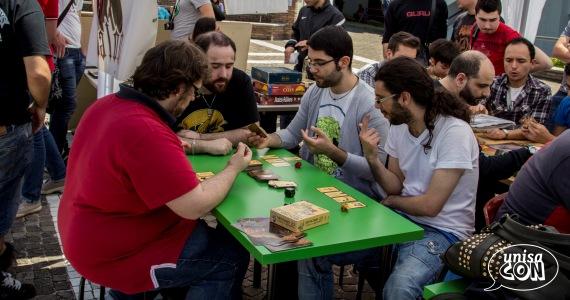 Scorcio dell'area giochi da tavolo UnisaCON!