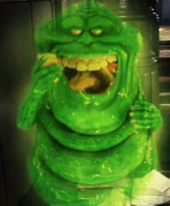 Slimer, la futura mascotte del gruppo.