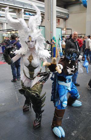 A sinistra, la vincitrice del premio speciale della Giuria Cosplay, Garuna di Final Fantasy.