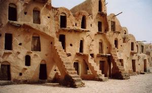 Tataouine, il villaggio berbero che fa da location per Tatooine.