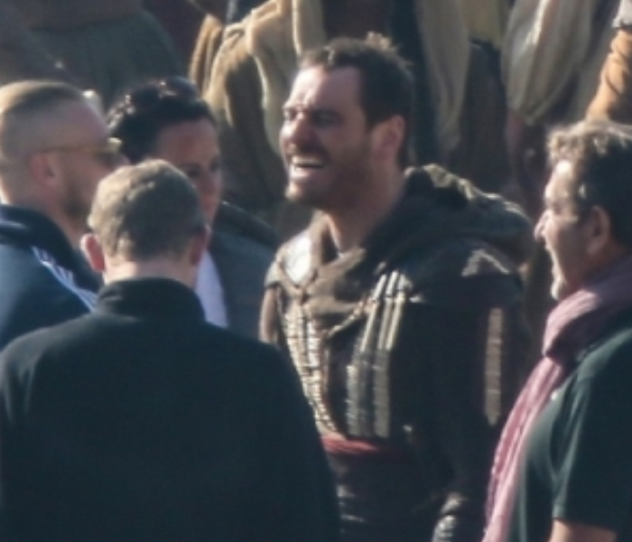 Michael-Fassbender-Assassins-Creed-set-1